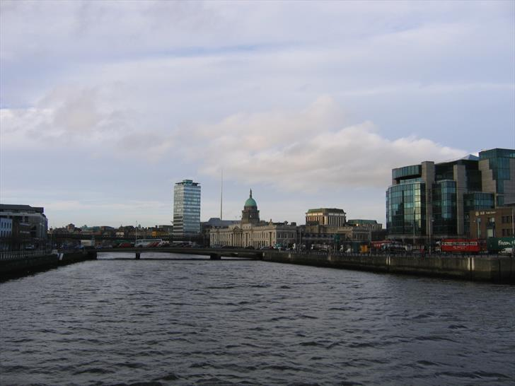 Custom House from Sean O'Casey Bridge