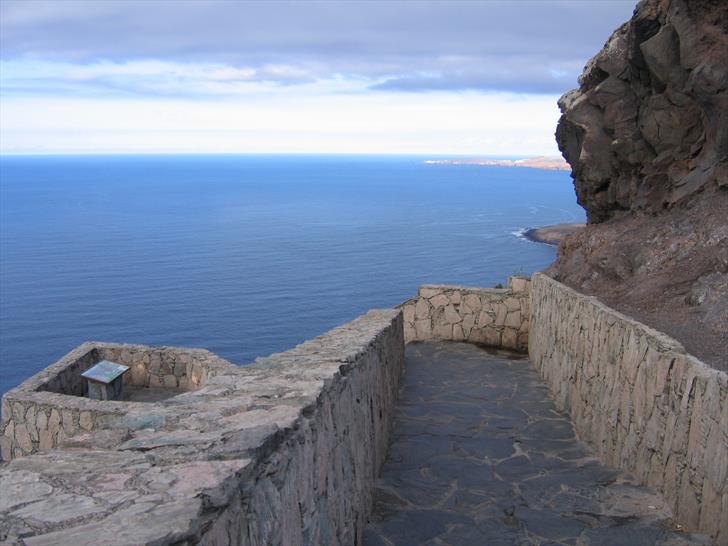 Mirador del Balcon (looking to the north-east towards Agaete)