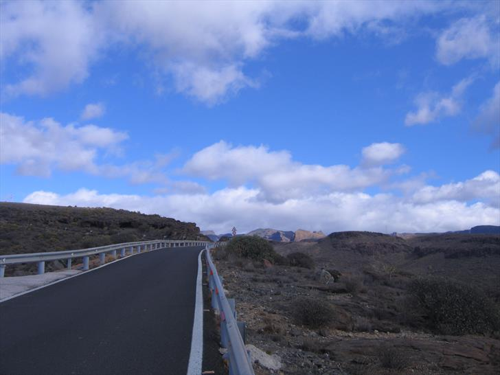 GC-503 heading into the inlands of Gran Canaria