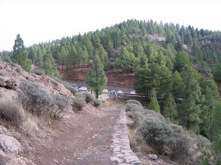 Roque Nublo trail first part