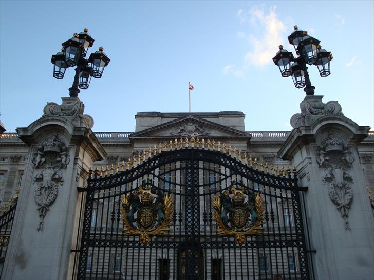 Buckingham Palace Gate