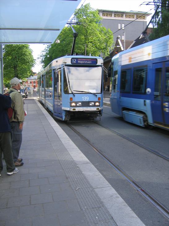 Tram stop at Radhusplassen