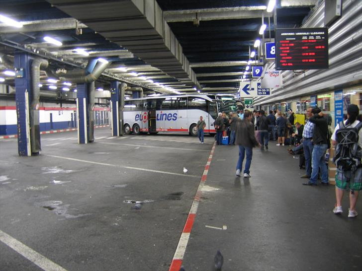 Boarding a bus at Paris Gallieni station