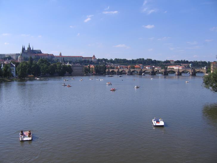 Prague boat rentals and Charles Bridge
