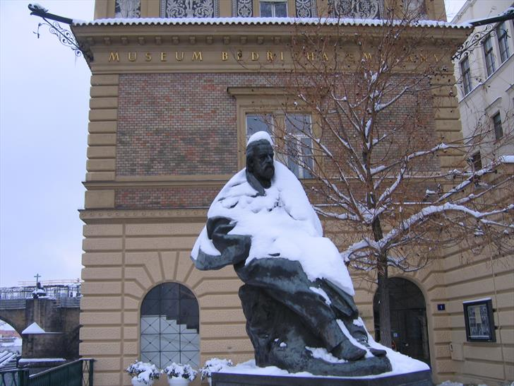 Smetana Museum and Monument in winter