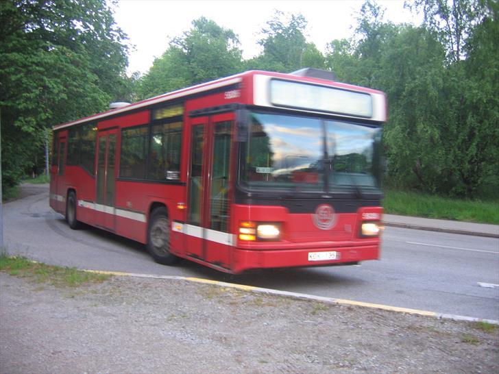 Kaknästornet Bus 69